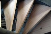 Escalier métallique contemporain marches en hêtre